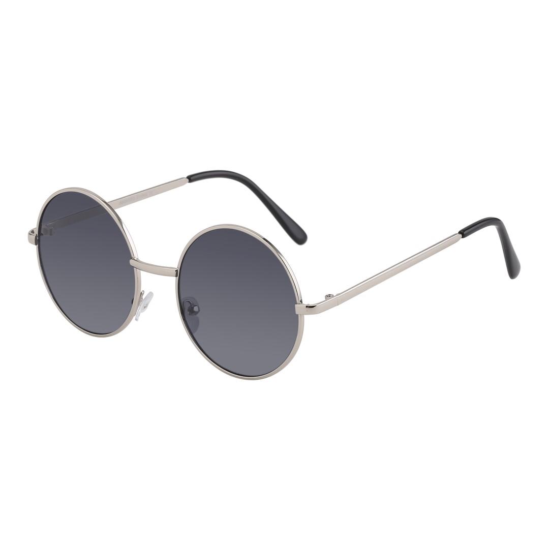 22071e556 Webshop med smykker, solbriller, tasker og hår accessories.