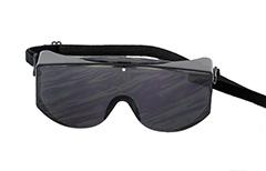 4ac7ad7d8098 Sort kæmpe solbrille   beskyttelses solbrille med elastik - Design nr. 1073
