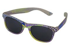 556c21e33327 Farverig solbrille i wayfarer look - Design nr. 1144
