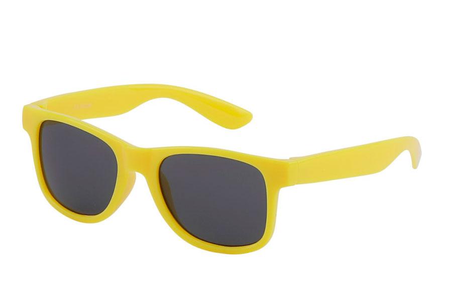 59d1dfa3f196 Solbriller til børn - Kæmpe udvalg til børn. God UV beskyttelse.